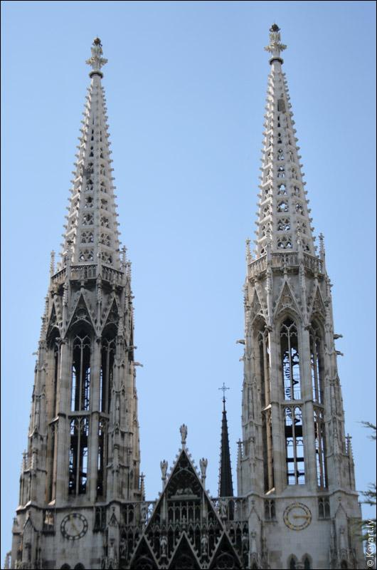 Можно набрести на готический собор